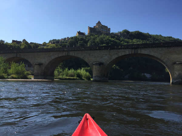 canoe dordogne picture of Castelnaud Castel