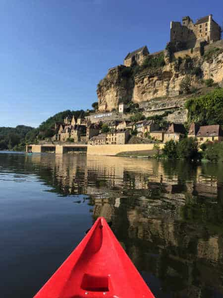 canoe dordogne picture of la Roque Gageac